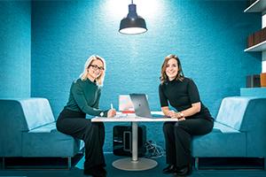 Helena och Johanna Engström. Foto: Magnus Glans