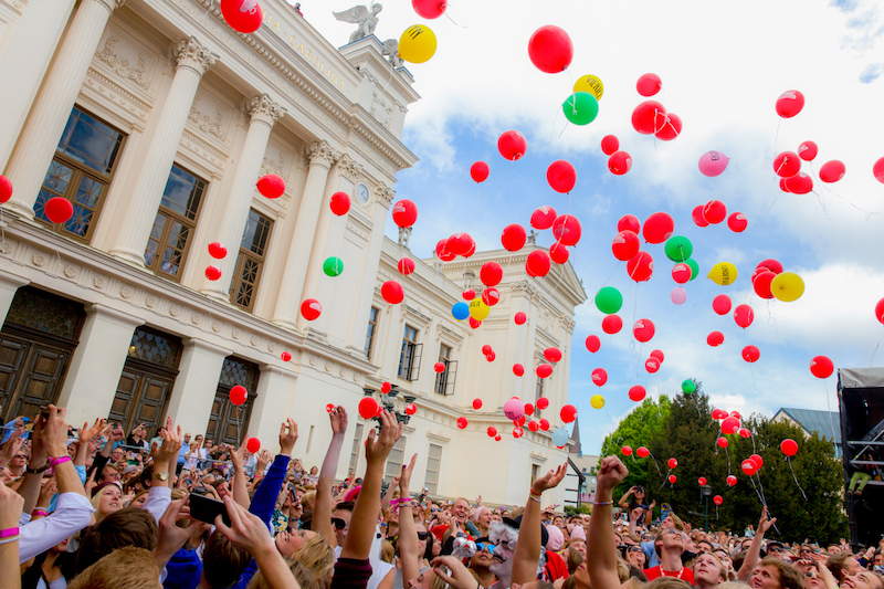 1344 Karnevalsballonger2