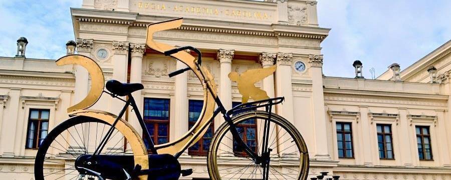699 Alumni 350 cykel