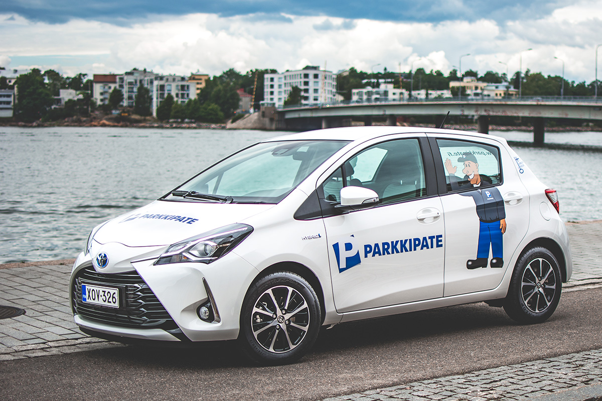 ParkkiPate hybridi-auto