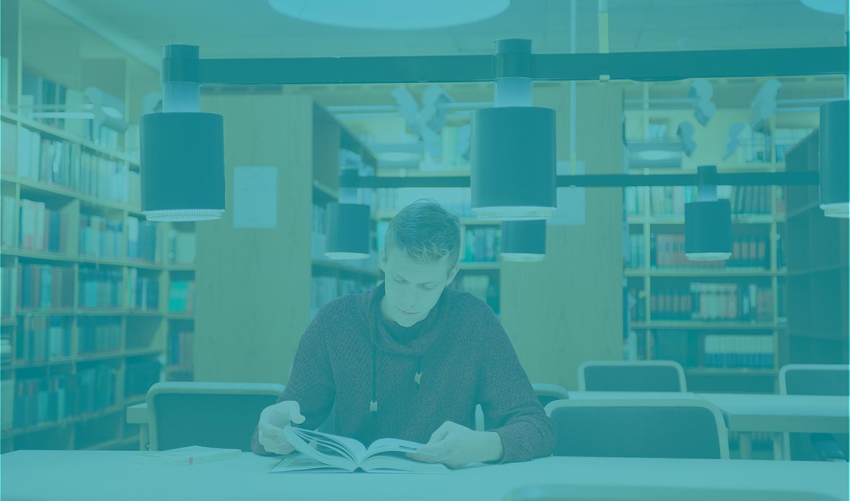 525 opiskelua kirjasto turkoosi