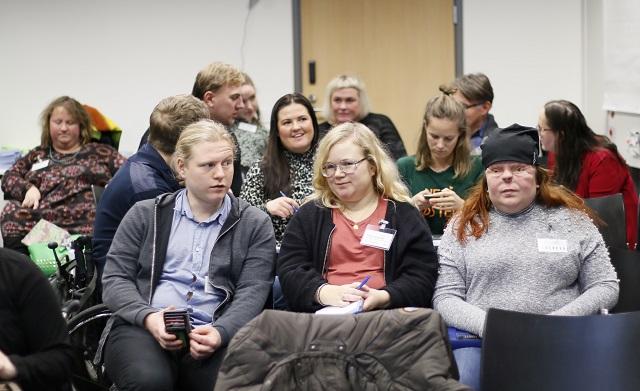 Deltagare i expertmöte om unga och delaktighet