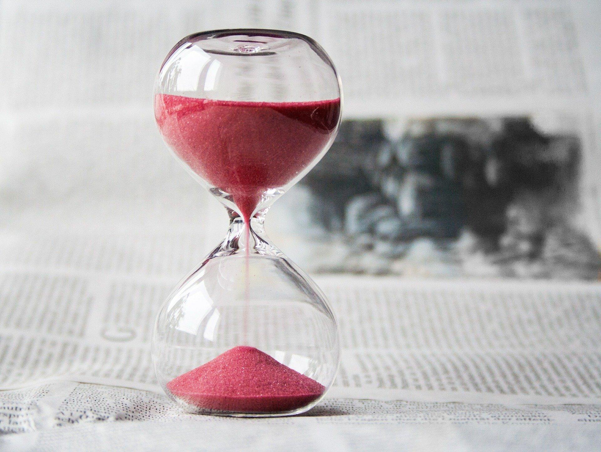 12455 hourglass 620397 1920