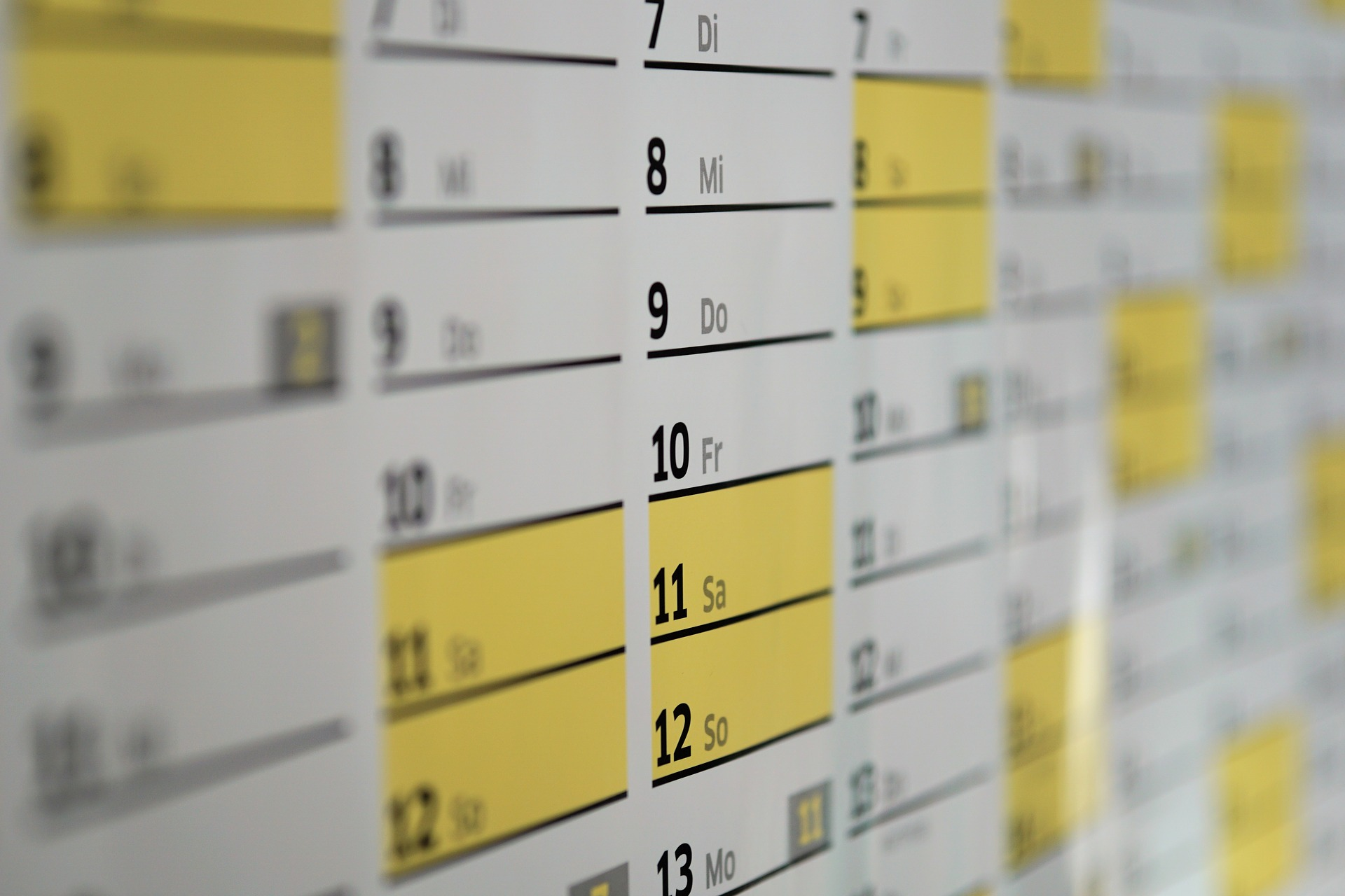6882 calendar 1990453 1920